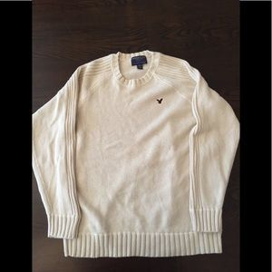 American Eagle Off-white/Cream Crewneck Sweater